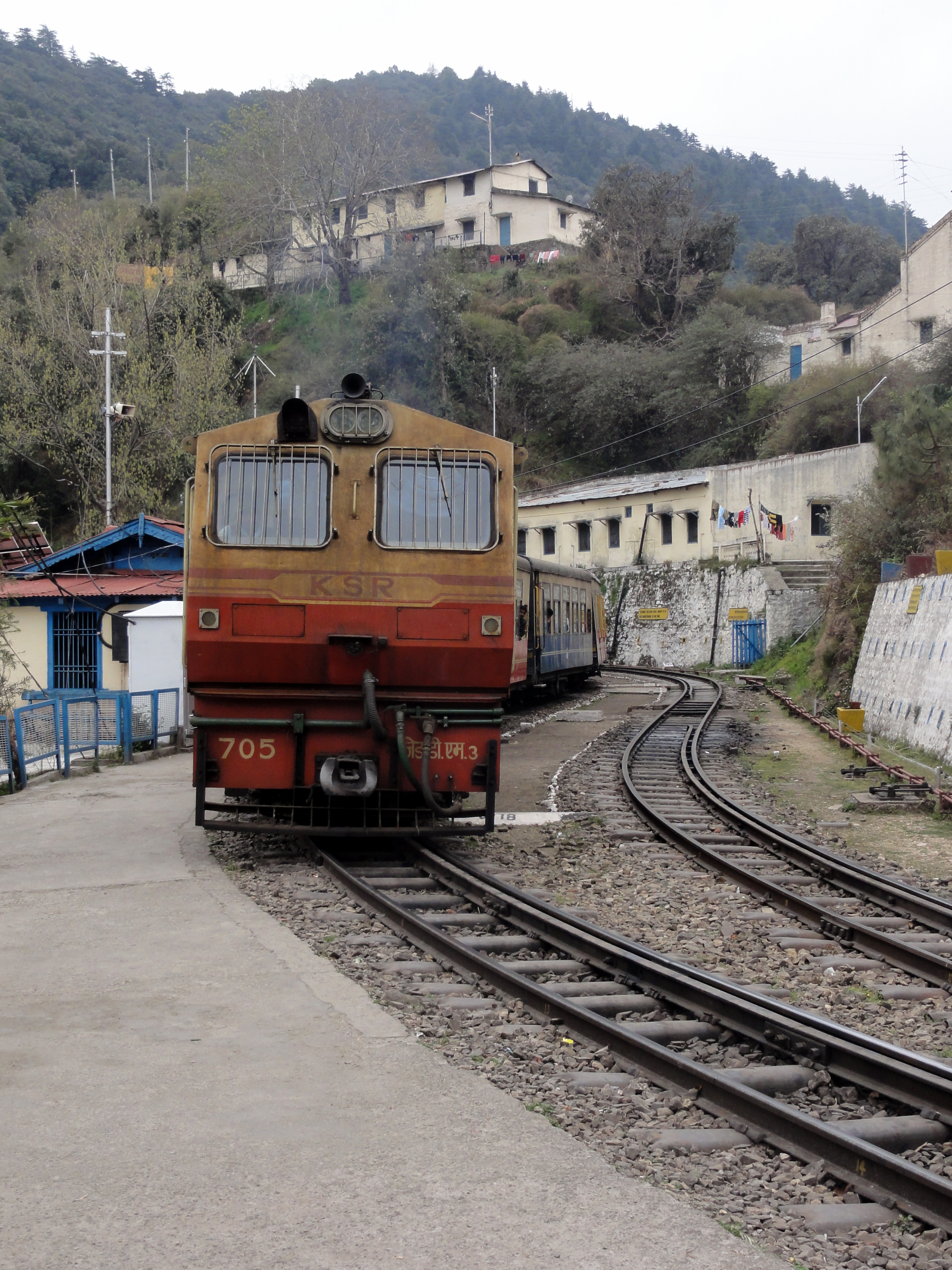 Plan Toys Train Joys : Kalka to shimla toy train a ride of joy rashminotes